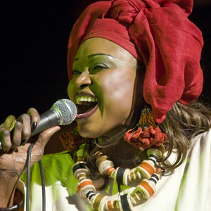 Oumou Sangare (Alioune Ba) onstage singing close up