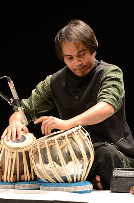 artiste-arif-khan